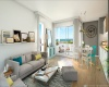 Salon très lumineux, orienté plein sud, avec canapé, fauteuils (exemple de description de l'image)